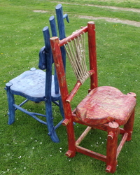 A blue chair and a red chair